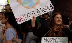 Manifestantes em mais de 150 países defendem o meio ambiente