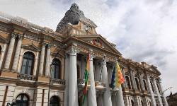 BOLÍVIA - Congresso deve se reunir para acatar Renúncia de Evo Morales