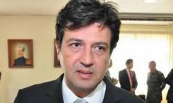 COLAPSO do Sistema de Saúde em abril, afirma ministro da Saúde