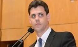 Secretário do Tesouro alia-se ao Mercado na crítica à proposta de financiamento do Bolsa Família