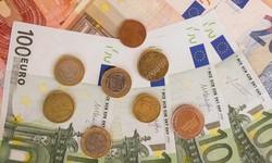 EURO suplantou o DÓLAR como Moeda preferida para Pagamentos Globais em Outubro