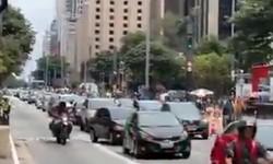 DIREITA sai às ruas em favor do Impeachment de B-17