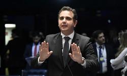 STF determina ao Senado abrir CPI da Covid-19. Rodrigo Pacheco, consternado