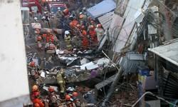 TRAGÉDIA NO RIO Bombeiros resgatam vítima sem vida de desmoronamento de prédio