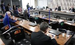 CPI DA PANEMIA - Senador Aziz adia para 4ª feira Leitura do Relatório da CPI